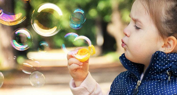benefits1_childbubbles.jpg